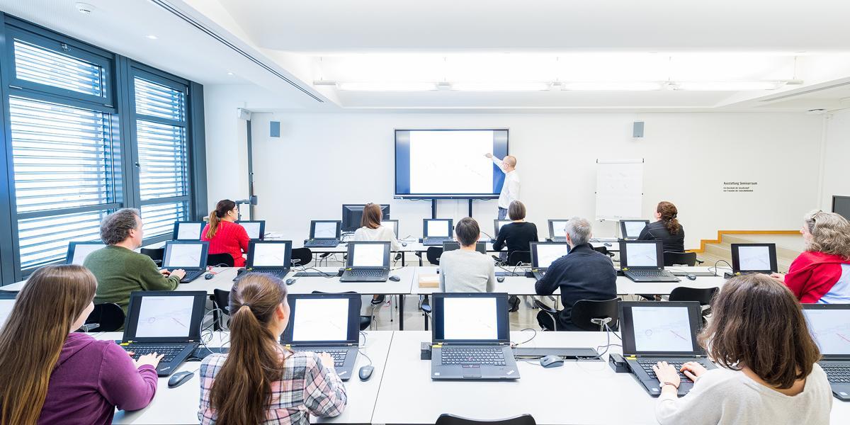 Die von der GFZB finanzierten Laptops und Prowise Touchscreens ermöglichen eine neue interaktive Lernumgebung in unseren Schulungsräumen.