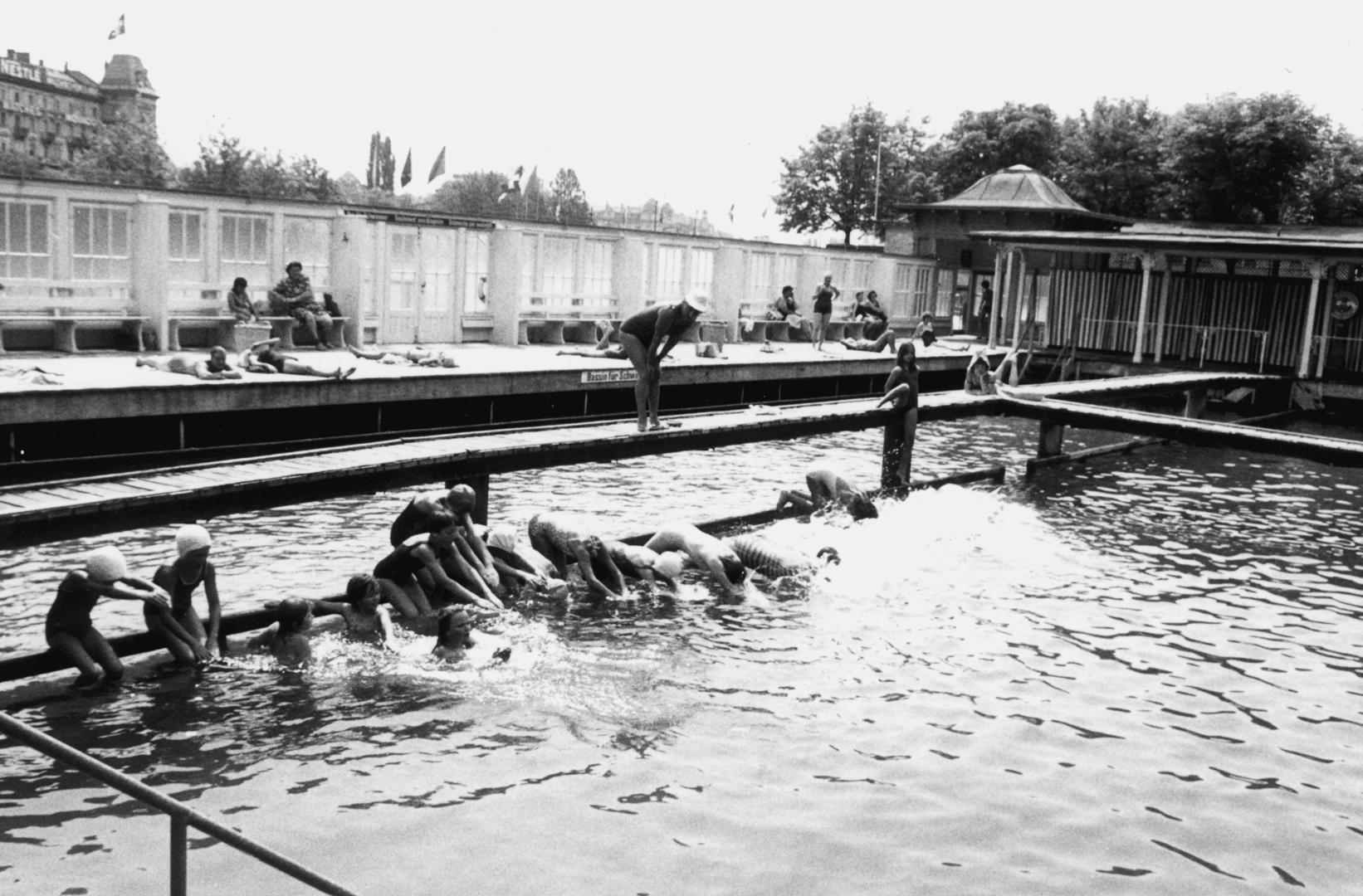 Das Frauenbad am Stadthausquai, ohne Jahr (Bild: BAZ)