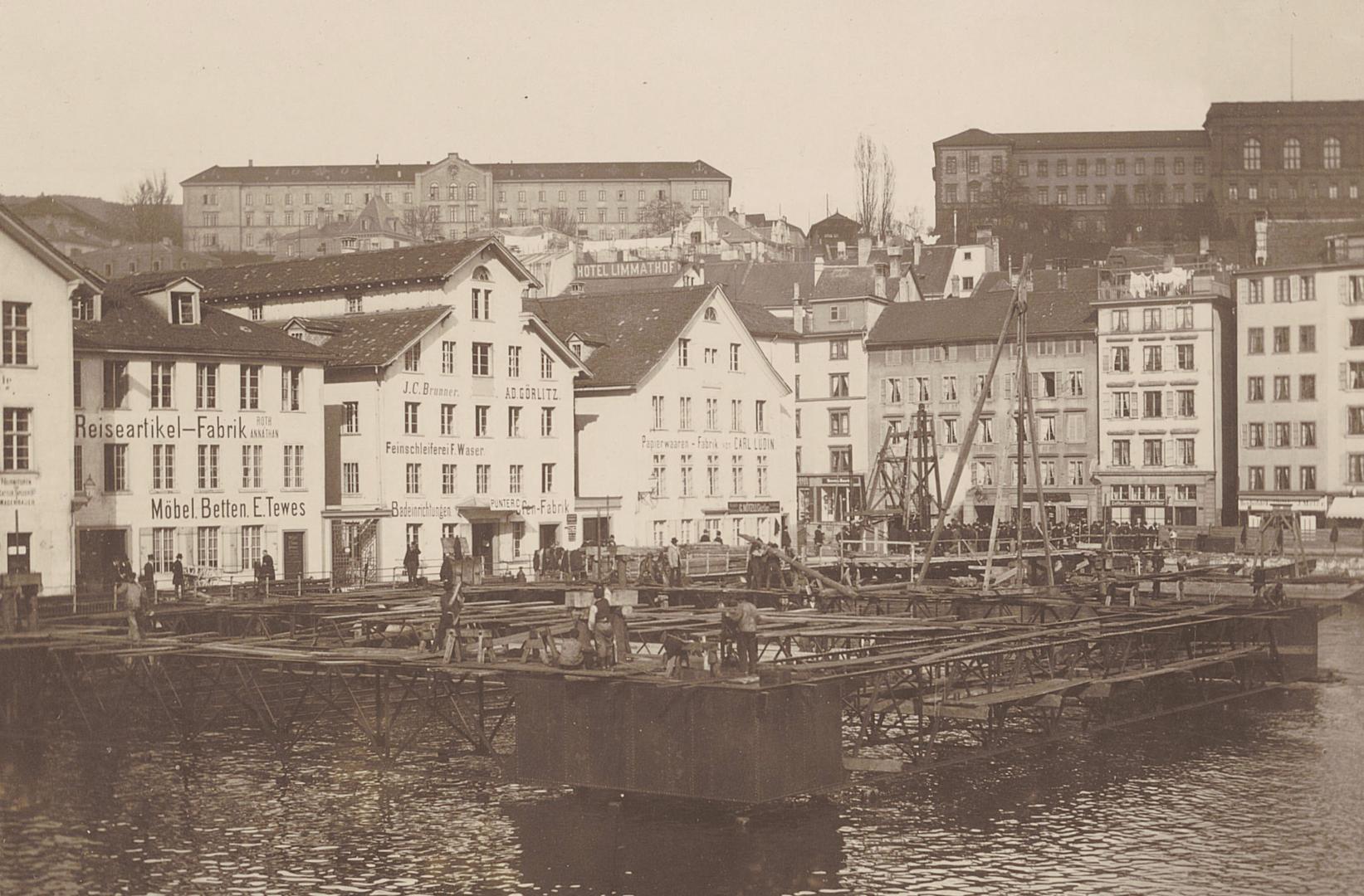 Bauarbeiten für das Frauenbad beim Mühlesteg, 1890 (Bild: Robert Breitinger)