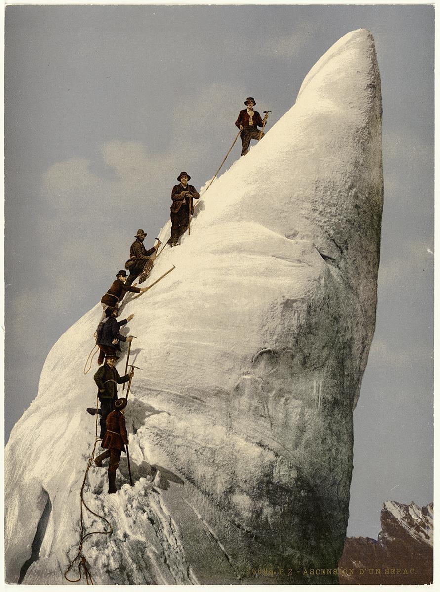 Besteigung eines Gletscherturms im Vallée de Chamonix, 1899. Signatur: Sammlung Photochrom, Volkskunde, Allerlei